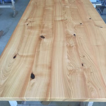 Handmade table tops from special woods